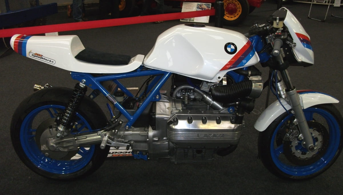 BMW K100 road legal race replica (16)