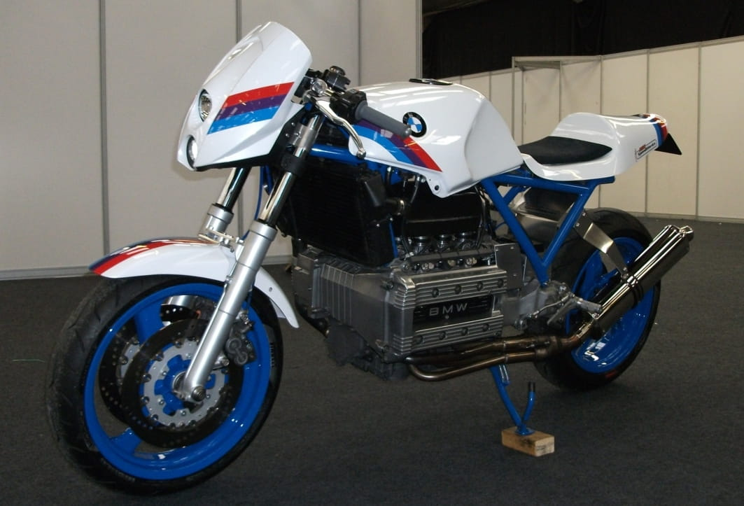 BMW K100 road legal race replica (2)