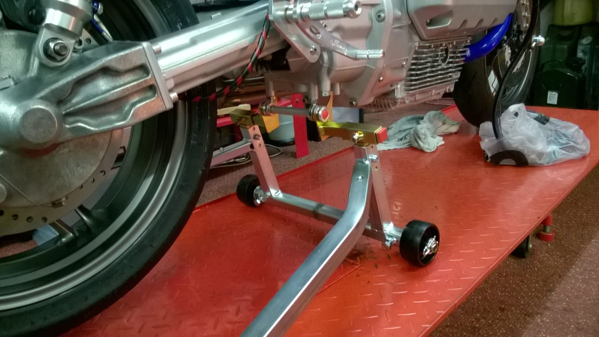 Race Paddock Stand and fitting kit for K Series BMW