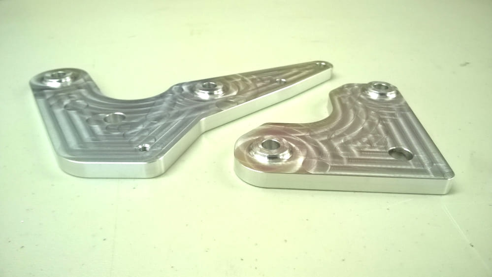 Reaset mounting plates for BMW K series gearbox